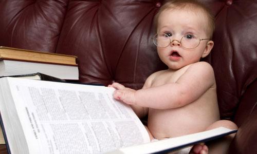 8 mẹo đơn giản kích hoạt trí thông minh trẻ nhỏ