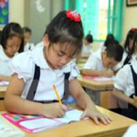 Đề kiểm tra cuối kì 1 môn Toán lớp 3 Trường TH Toàn Thắng năm 2013 - 2014